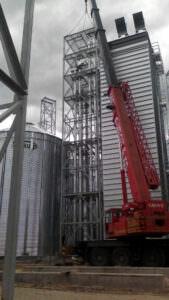 Компания «Волынь-зерно-продукт» приобрела емкости для хранения зерновых культур Sukup